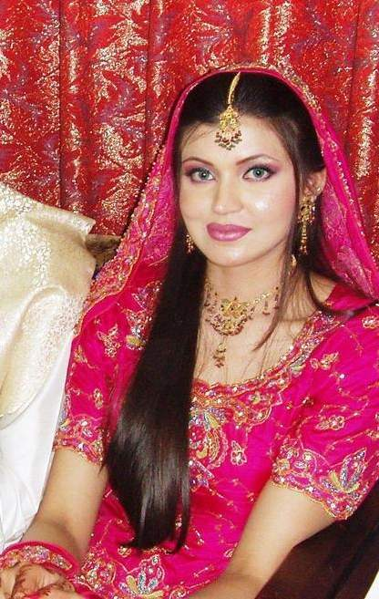 INDIAN-PAKISTANI-BRIDAL-DRESS 6