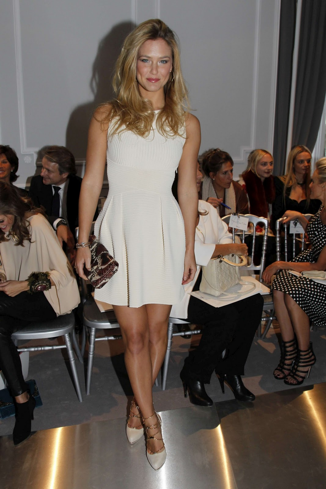 bar-refaeli-hot-pictures-photos-1