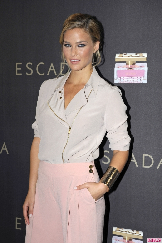 bar-refaeli-hot-pictures-photos-5