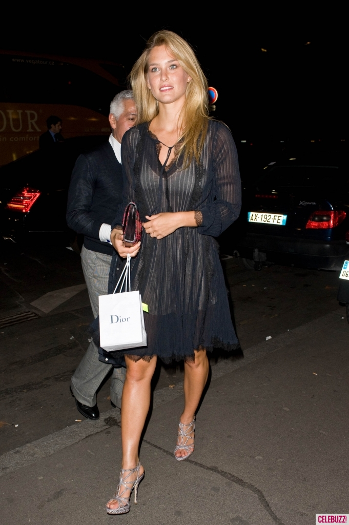 bar-refaeli-hot-pictures-photos-6