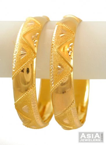 GOLD-BRIDAL-BANGLES-DESIGN 5
