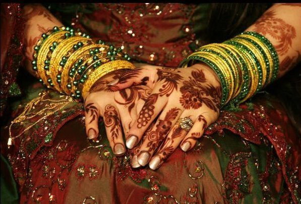 Henna Party Gifts : Henna bridal wedding mehndi design party luxe gifts