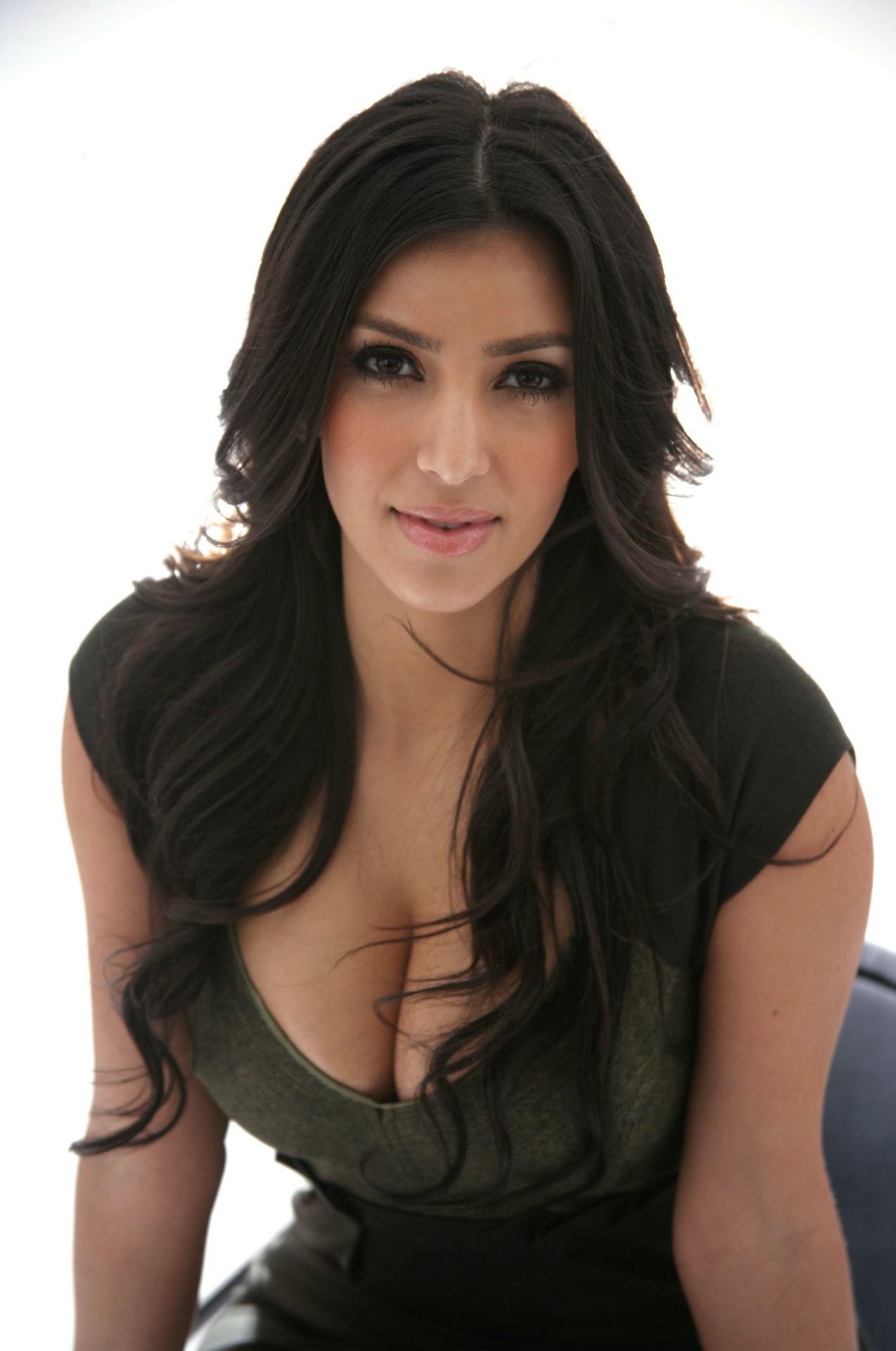 kim-kardashian-hot-images-pictures-