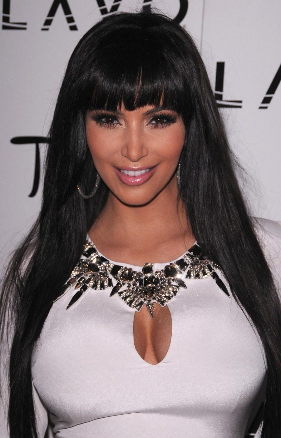 kim-kardashian-photoshoot-2012-3