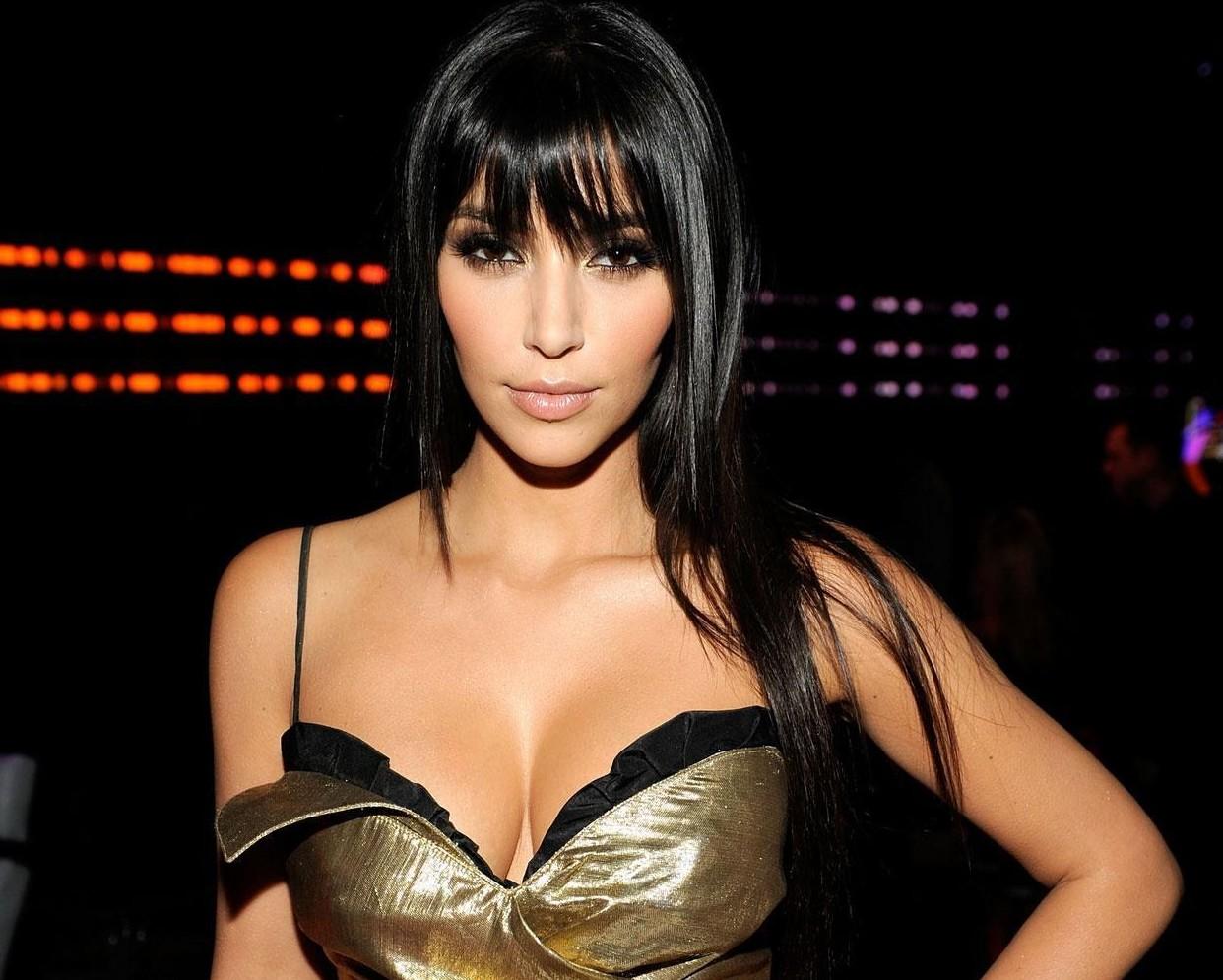 kim-kardashian-photoshoot-2012-