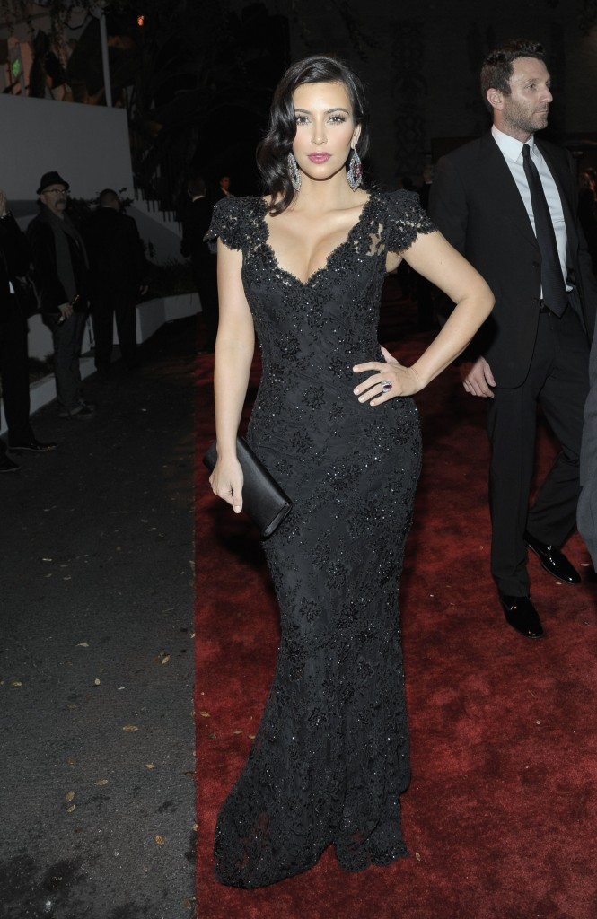 KIM-KARDASHIAN-DRESS-FASHION-SHOW-2012-5