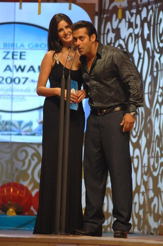 SALMAN-KHAN-DRESSING-PHOTOS-3