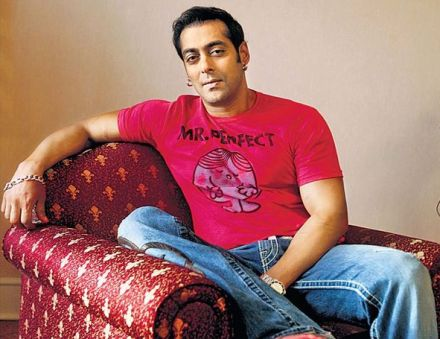 SALMAN-KHAN-DRESSING-PHOTOS-7