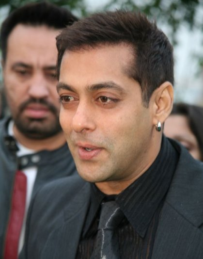 SALMAN-KHAN-DRESSING-PHOTOS-8
