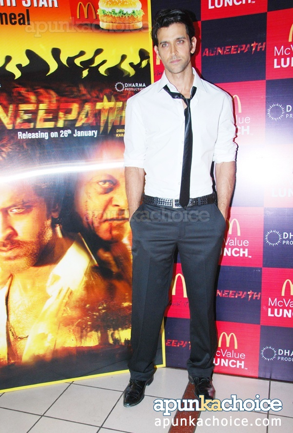 hrithik-roshan-new-pictures-photos-2012-6