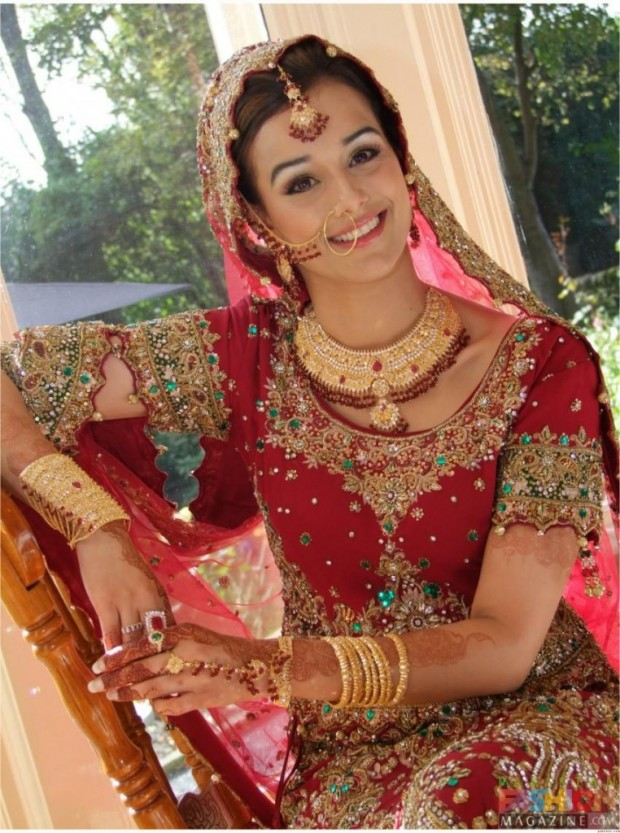 indian-brides-bridal-wedding-dress-2