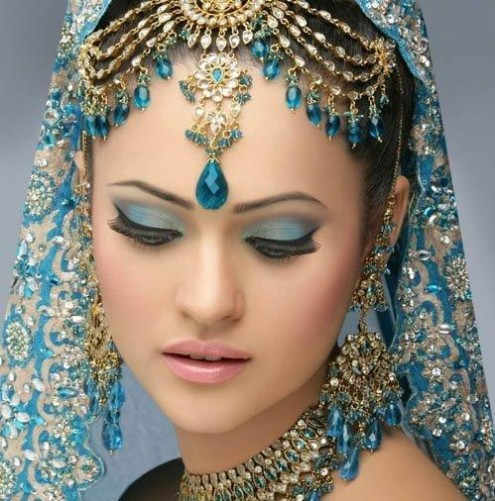 indian-brides-bridal-wedding-dress-7