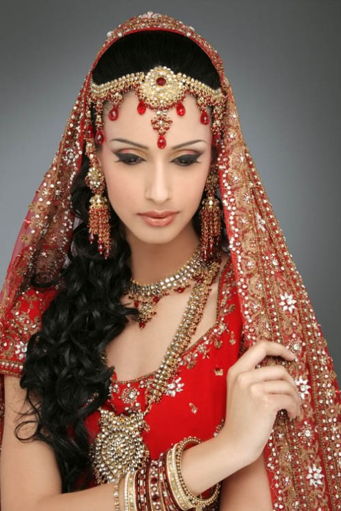 indian-brides-bridal-wedding-dress-8