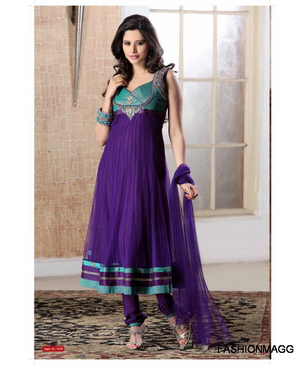 New Frock Designs in Pakistan http://hungamaplus.com/new-latest-anarkali-umbrella-frock-dress-designs-2012/