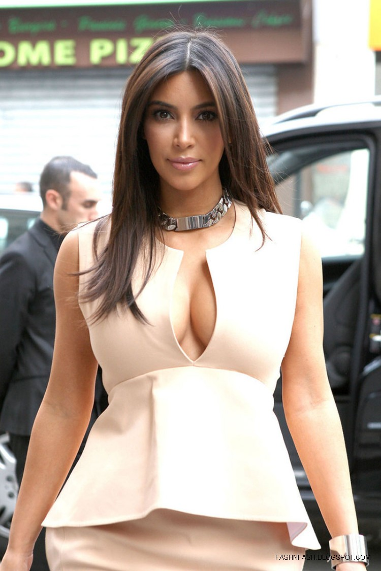 Fashion Amp Style Kim Kardashian Hot Cleavage Candids Out