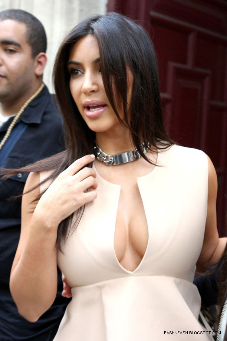 Kim-Kardashian-Hot-Cleavage-Candids-Out-and-About-in- Paris-Pictures-3