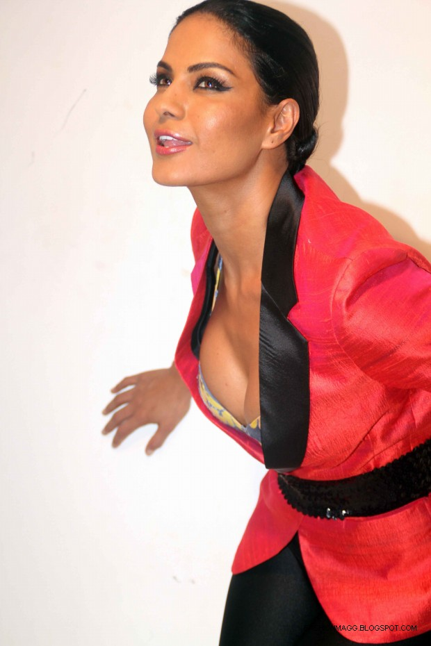 Veena-Malik-Hot-Photoshoot-to-Support-by-HomoSexuality-Photoshoot-2012-5