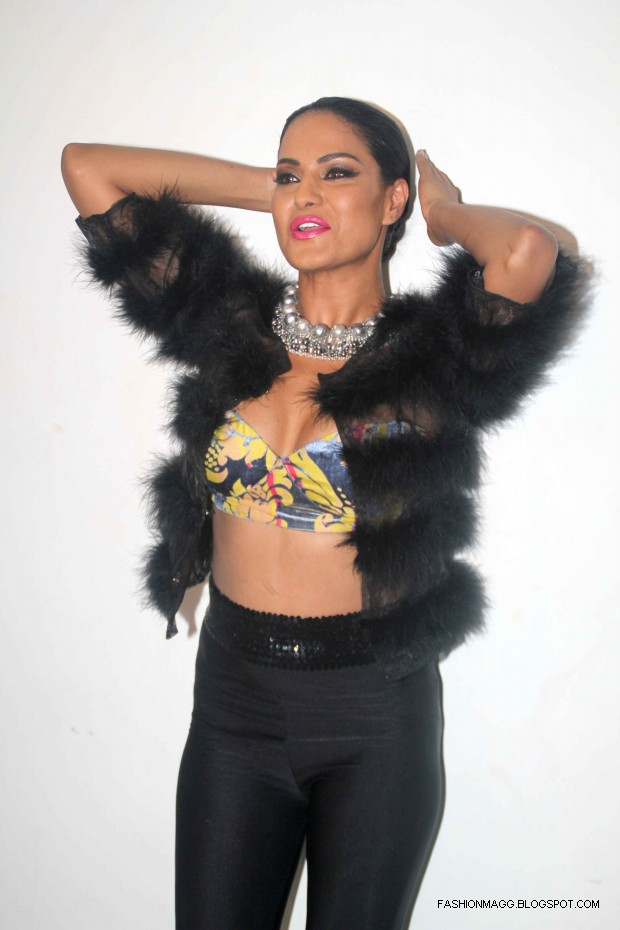 Veena-Malik-Hot-Photoshoot-to-Support-by-HomoSexuality-Photoshoot-2012-7