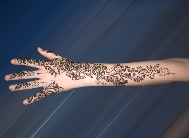 Eid-Mehndi-Design-Simple-Henna-Mehndi-Designs-2012-2013-1