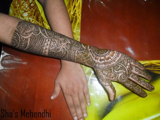 Beautiful-Eid-Mehndi-Designs-Simple-Easy-Hands-Foot-Mehndi-Designs-2012-5