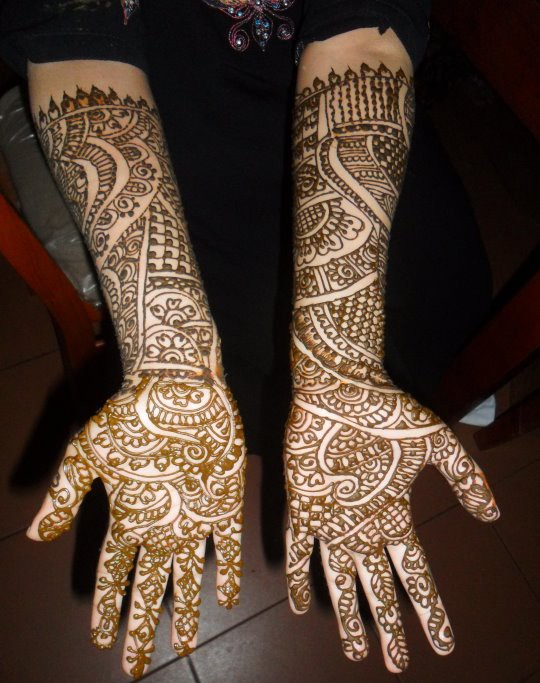 Beautiful-Eid-Mehndi-Designs-Simple-Easy-Hands-Foot-Mehndi-Designs-2012-7