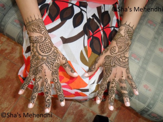 Beautiful-Eid-Mehndi-Designs-Simple-Easy-Hands-Foot-Mehndi-Designs-2012-