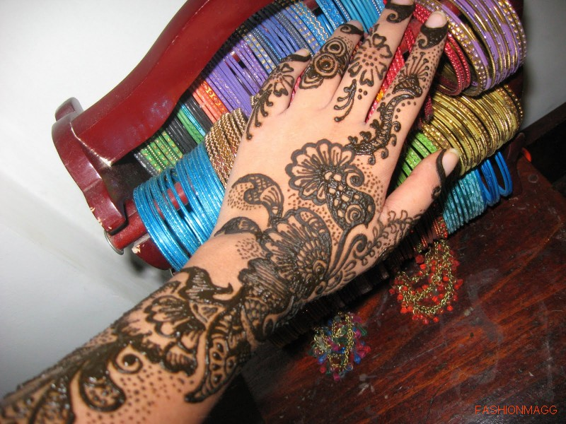 Beautiful-Eid-Mehndi-Designs-Simple-Easy-Hands-Mehndi-Designs-3