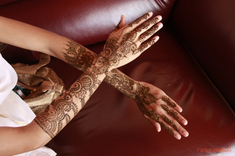 Beautiful-Eid-Mehndi-Designs-Simple-Easy-Hands-Mehndi-Designs-5