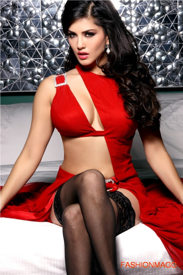 Sunny-Leone-in-Jism2-Hot-Movie-Still-Pictures-Photoshoot-12