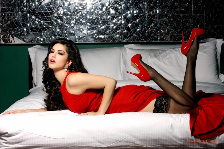 Sunny-Leone-in-Jism2-Hot-Movie-Still-Pictures-Photoshoot-2