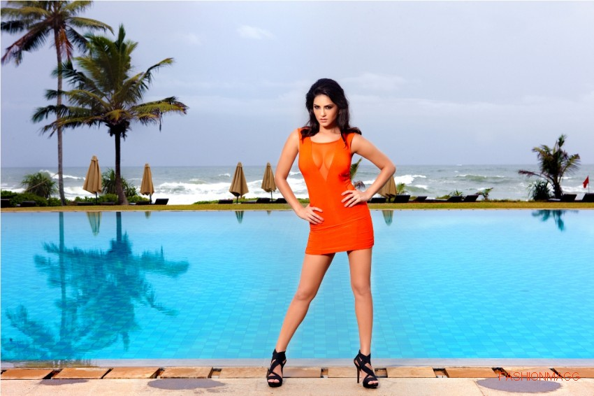 Sunny-Leone-in-Jism2-Hot-Movie-Still-Pictures-Photoshoot-3