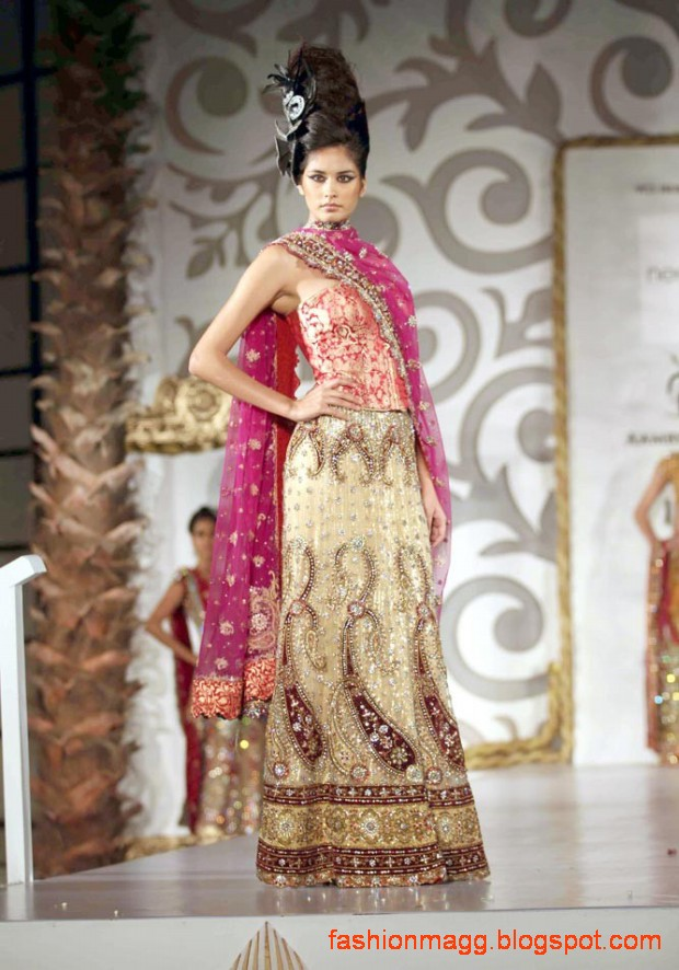 Indian-Pakistani-Bridal-Wedding-Dress-Bridal-Couture-fashion-Show-on-Ramp-1