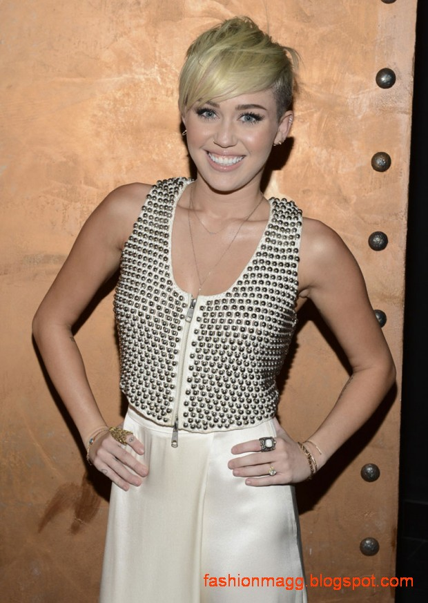Miley-Cyrus-at-City-of-Hope-Gala-in-Los-Angeles-Photoshoot-2