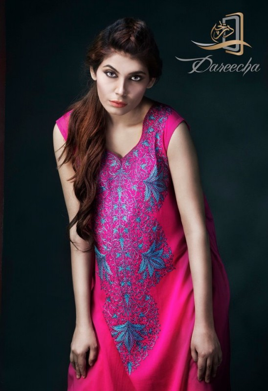 New-Neckline-Dress-Designs-by-Dareecha-Embroidered-Kashmiri-Winter-Dress-Collection-2013-9