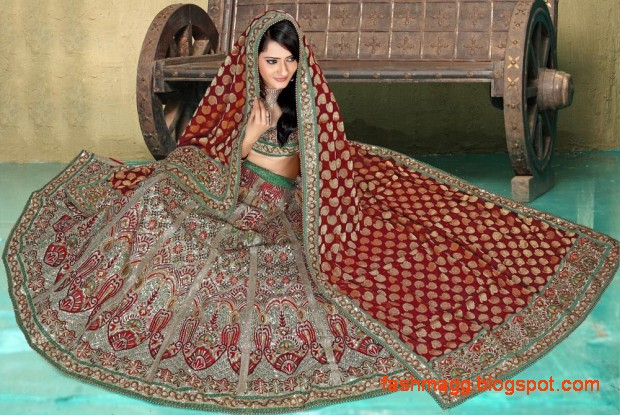 Bridal-Brides-Wedding-Dress-Beautiful-Indian-Bridal-Valima-Lehanga-Choli-Collection-