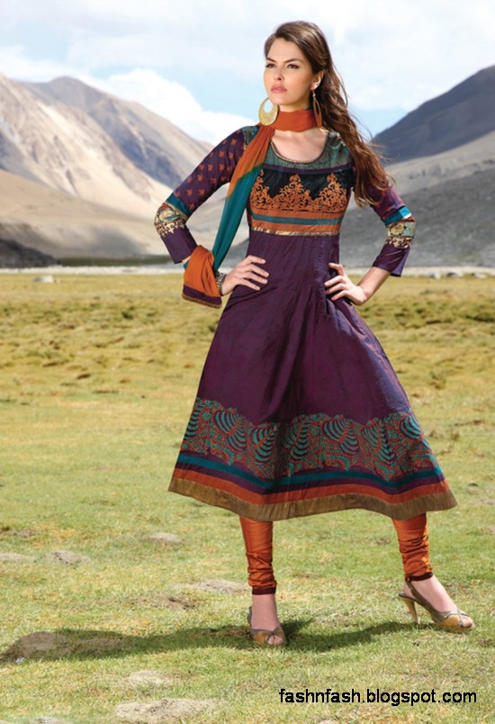 Shalwar-Kameez-Designs-Indian-Casual-Party-Wear-Salwar-Kamiz-Design-Latest-Fashion-Dress-5