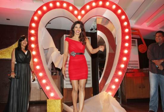 Priyanka-Chopra-At-Launch-Of-Babli-Badmaash-Movie-Song-Pictures-Photos-