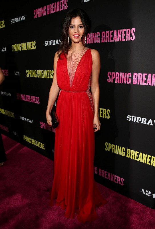 Selena-Gomez-at-Spring-Breakers-Premiere-in-Los-Angeles-Pictures-Photos-7