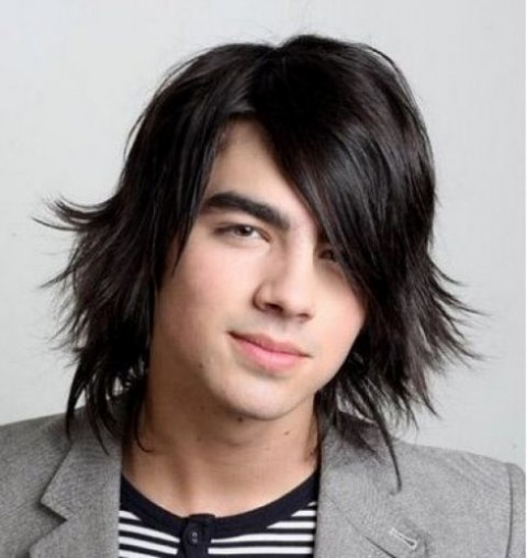 Latest-Trendy-Teenager-Messy-Boys-Long-Short-Hairstyles-Fashion-2013-4