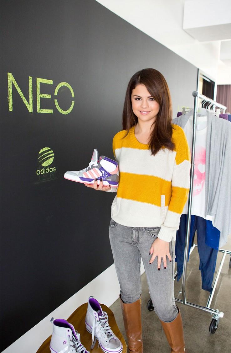 Selena-Gomez-Adidas-Neo-Photoshoot-Pictures-11