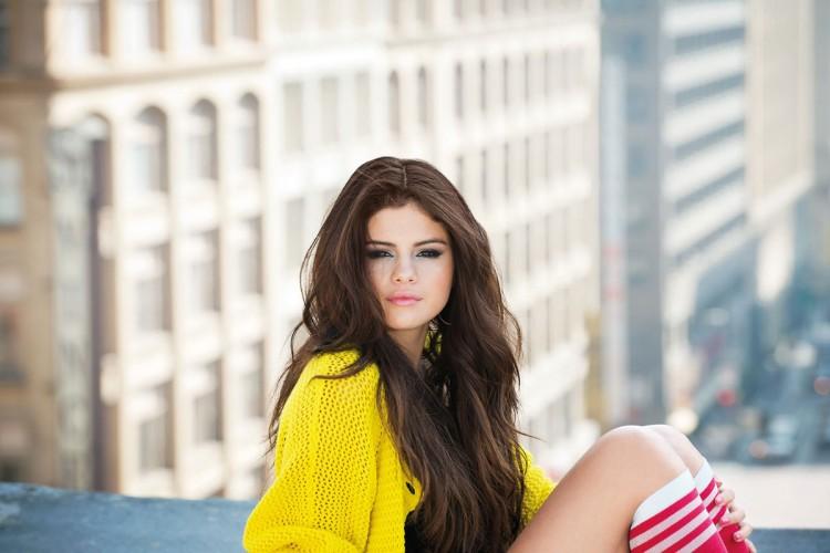 Selena-Gomez-Adidas-Neo-Photoshoot-Pictures-