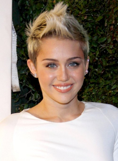 Beautiful-Cute-Girls-Pixie-and-Bob-Classic-Short-Hair-Cuts-Styles-2013-