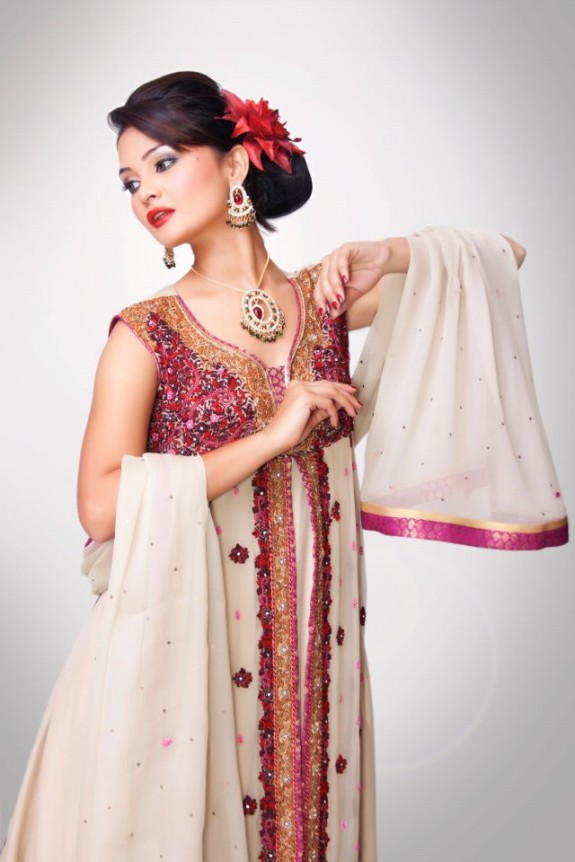 Silkasia-Indian-Pakistani-Bridal-Wedding-Casual-Formal-Dresses-2013-For-Girls-10