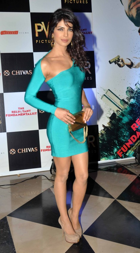 Priyanka-Chopra-At-The-Reluctant-Fundamentalist-Premiere-Photoshoot-Images-4
