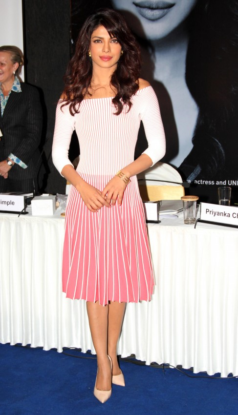 Priyanka-Chopra-Bollywood-Indian-Celebrities-Launch-Unicef-Mobile-Application-Photos-3