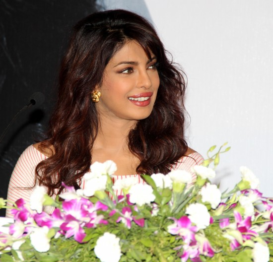 Priyanka-Chopra-Bollywood-Indian-Celebrities-Launch-Unicef-Mobile-Application-Photos-