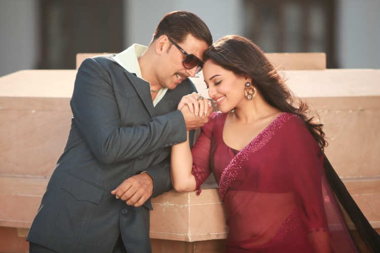 Akshay-Sonakshi-Imran-Once-Upon-a-time-in-Mumbai-Dobara-Movie-Stills-Pictures-1