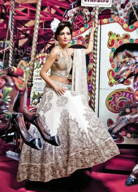 Beautiful-Girls-Wear-Wedding-Bridal-Dress-Designs-2013-14-New-Latest-Suits-by-Ekta-Solanki-3