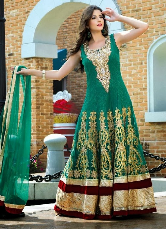 Beautiful-Indian-Brides-Bridal-Gowns-For-Girls-New-Fashion-Dress-2013-1