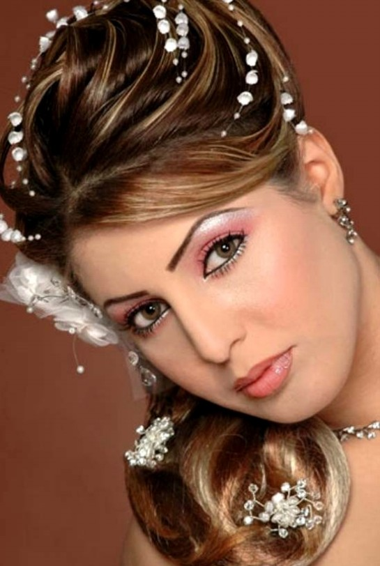Sensational Wedding Bridal Hair Styles Perfect Hair Styles For Party Occasions Short Hairstyles Gunalazisus